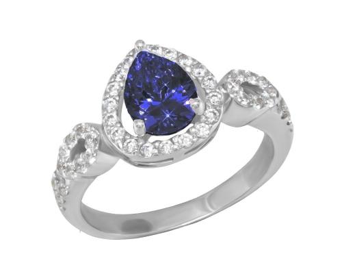 Серебряное кольцо с синтетическим кварцем и бесцветными фианитами