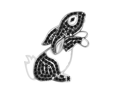 Серебряная брошь «Зайка» с эмалью и черными фианитами