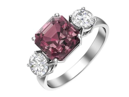 Серебряное кольцо с кварцем синтетическим родолитовым и фианитами