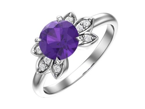Серебряное кольцо с кварцем синтетическим аметистовым и бесцветными фианитами