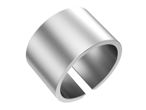 Серебряное кольцо, матовое, ширина 13 мм.
